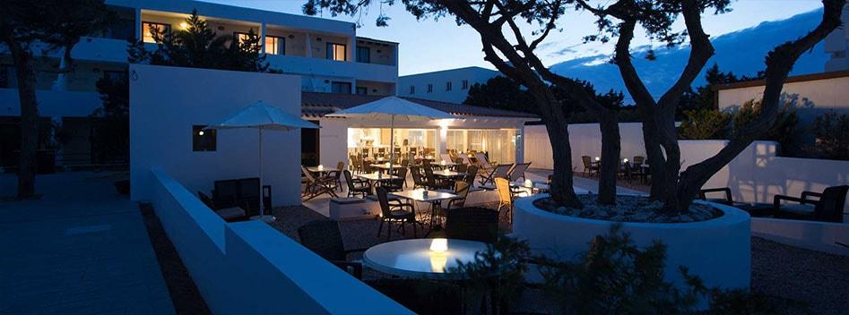 Hotel sulla spiaggia di Levante, Formentera | Hotel Rosamar ...